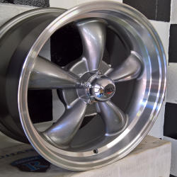 Rev Wheel Grey 17 x 8