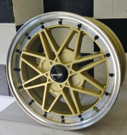 Maxxim Old School Wheel 15 x 7 Gold